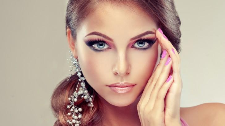 Das perfekte Make-up Schritt für Schritt. Teil 2.